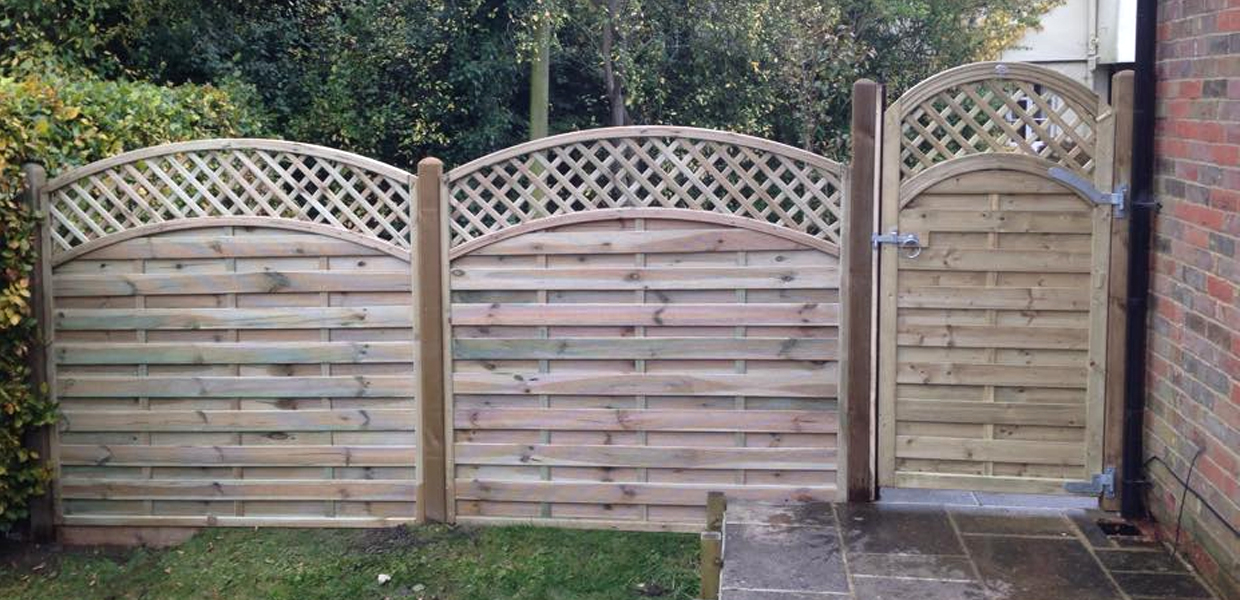 Thomas Charles Landscapes Fencing